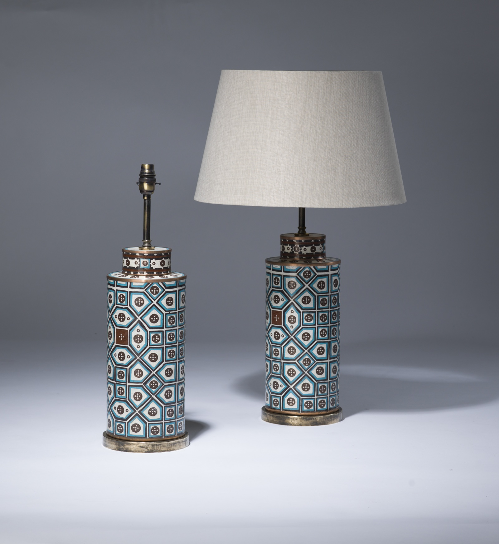Blue ceramic table lamps - Pair Of Medium Blue Brown Ceramic Pot Lamps On Distressed Brass Bases