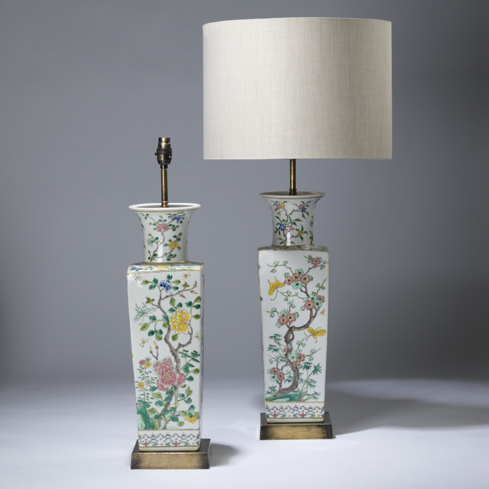 Pair of large white floral chinese ceramic lamps on distressed pair of large white floral chinese ceramic lamps on distressed brass bases reviewsmspy