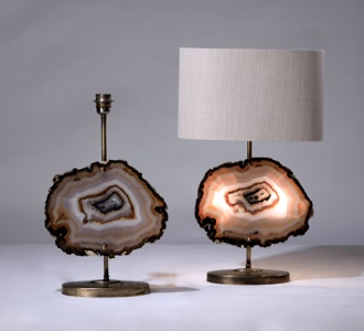 pair of medium orange brown agate lamp on distressed brass bases (T3218)