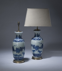 pair of large blue & white antique ceramic lamps on distressed brass bases (T3504)