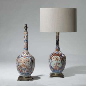 Pair of medium blue and red Chinoiserie vase lamps on brass bases (T3987)