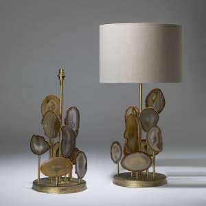 Pair of large round staggered brown agate lamps with gold leaf finish on round bases (T4022)