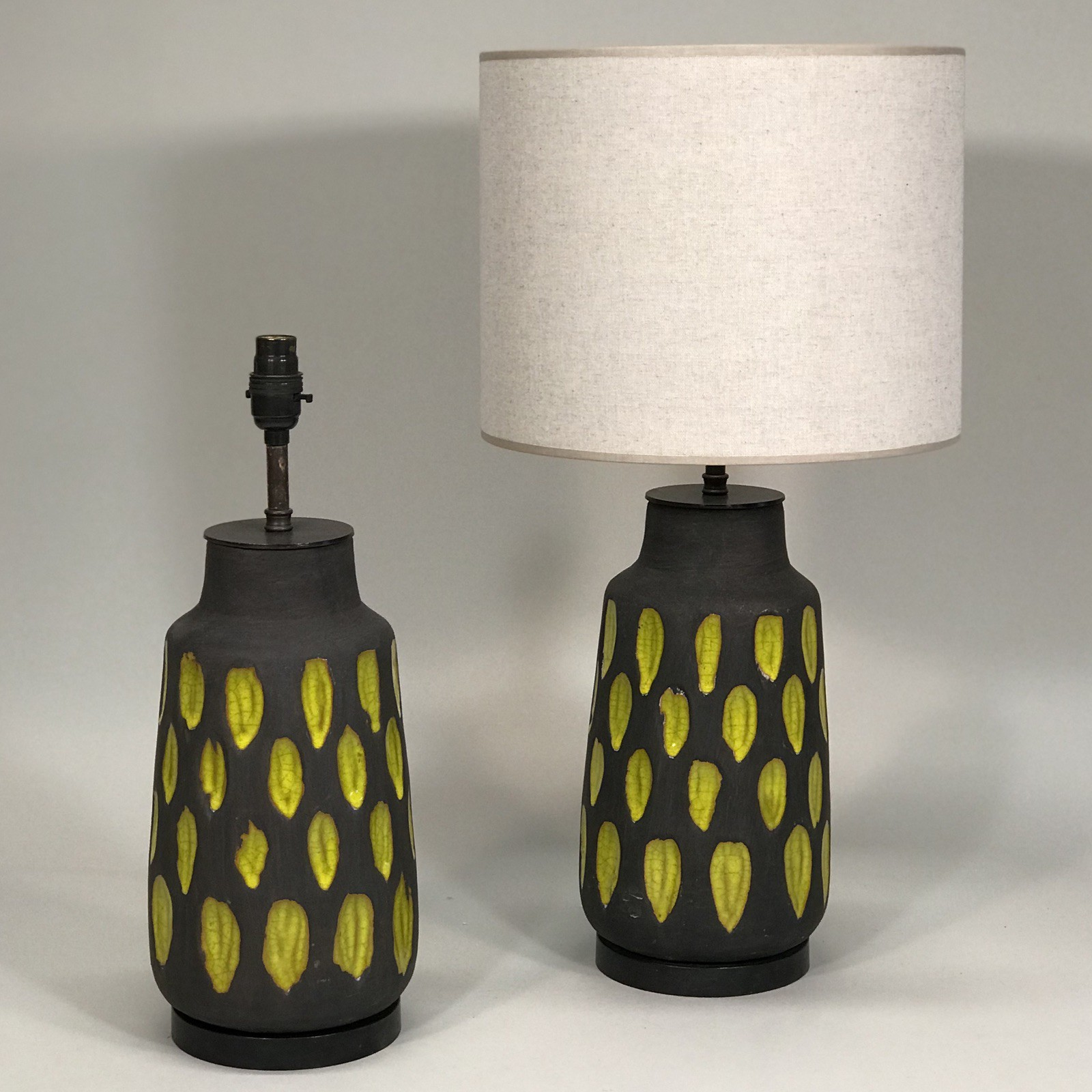 Picture of: Pair Of Medium Mid Century Style Acid Yellow And Brown Ceramic Lamps On Brown Bronze Bases T5091 Tyson London Decorative Lighting And Furniture