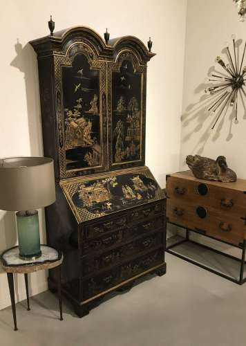 Chinoiserie secretaire in excellent condition circa 1960/1970