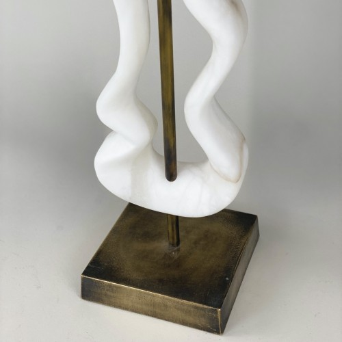 single medium alabaster abstract lamp with antique brass base