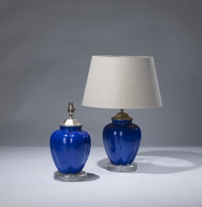 pair of small blue ceramic lamps on perspex bases (T3115)