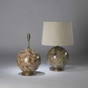 Pair of small cream, red & brown drizzle ceramic 'snowball' lamps on antique brass bases (T4372)
