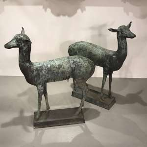 Pair of 19th century Italian bronze deer in fabulous condition with great patina (T4518)