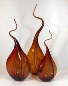 Burnt orange red 'squiggle vase' (T4685)