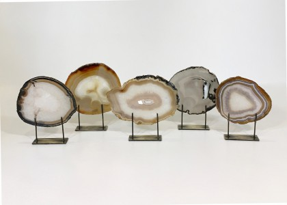 Small Agate Slices On Distressed Bronze Stands (AB) (T4749)