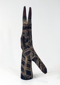 antique tribal wooden stylised giraffe (T4785)