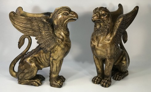 pair of 19th century english carved and gilded griffins (T5029)