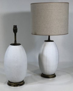 Small white ceramic feather pattern lamps (T5038)