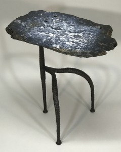 single blue jasper side table with textured iron 'gazelle' base (T5058)