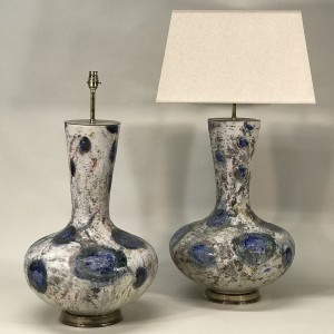 pair of very large blue and white japanese ceramic lamps on antique brass bases (T5316)